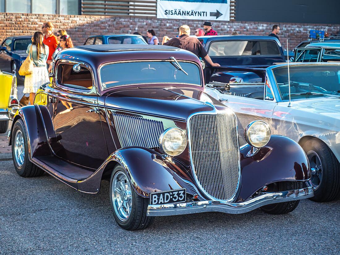1933 Ford 3-window coupe rodi