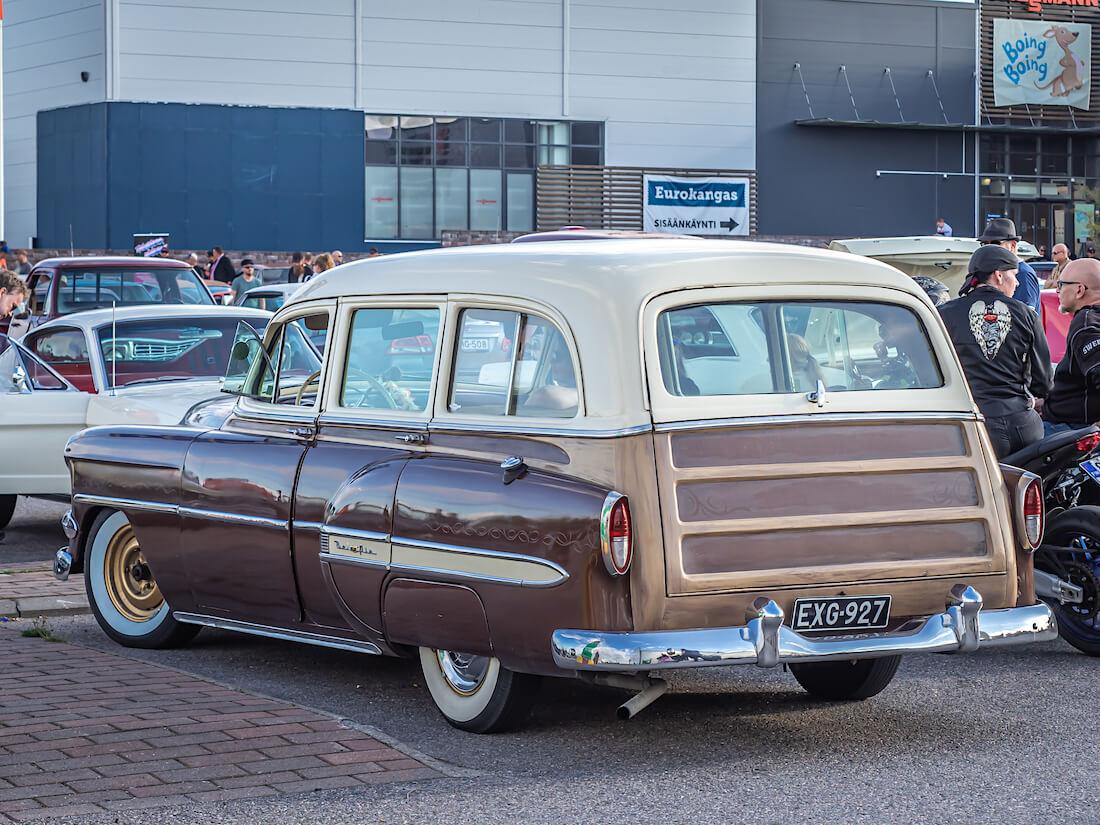 1954 Chevrolet BelAir wagon takaa