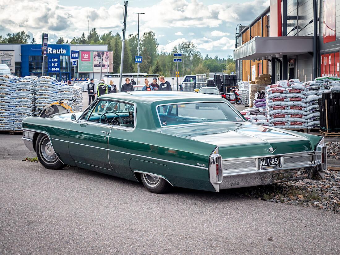 1965 Cadillac Coupe DeVille jenkkiauto