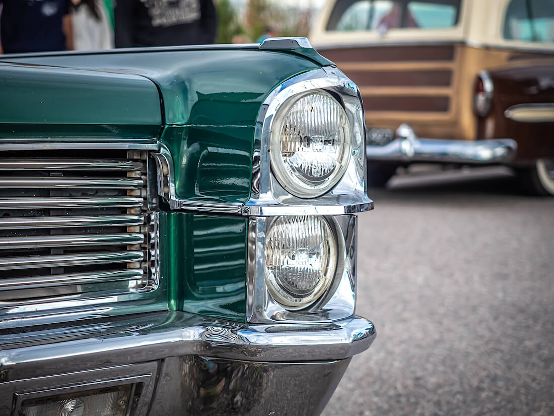 1965 Cadillac Coupe DeVille jenkkiauton ajovalot