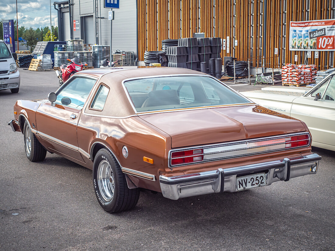 1976 Plymouth Volare Special Coupe takaa1976 Plymouth Volare Special Coupe